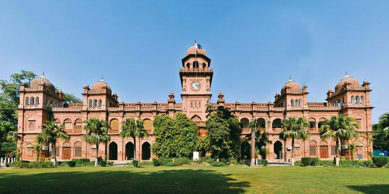 پنجاب یونیورسٹی نئے داخلے والے طلبا کے لئے کلاسز 14 دسمبر سے شروع کرے گی