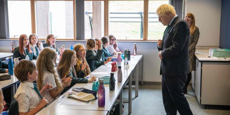 English Schools Reopen With Pressure on PM Johnson after COVID-19 Closure
