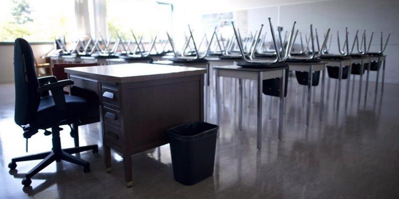 925 students, staff quarantined after coronavirus outbreak