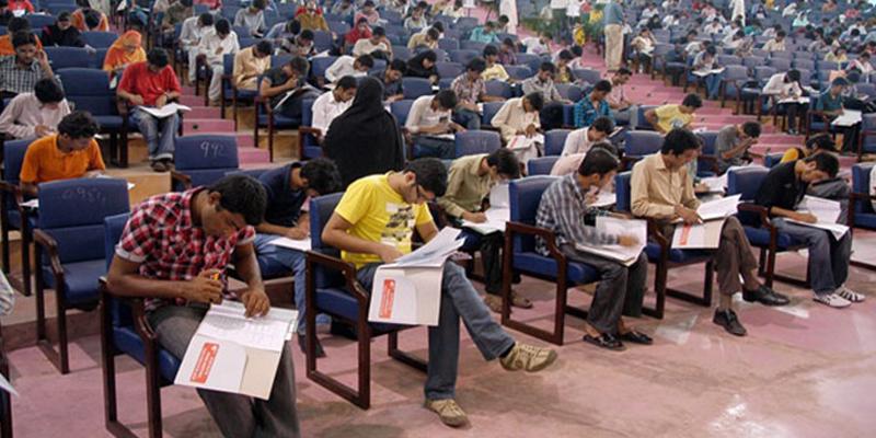 پنجاب گورنمنٹ نے ایم بی بی ایس کے سپلیمینٹری امتحانات ملتوی کرنے کی اجازت دے دی