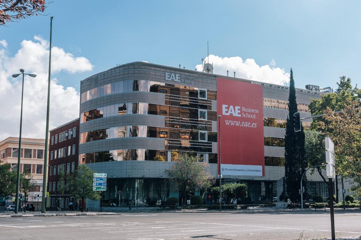 Top 5 Business schools in Barcelona 2021
