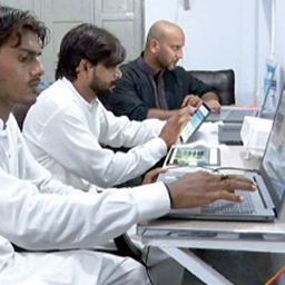 Digital dera: An initiative set up to educate farmers in Pakistan