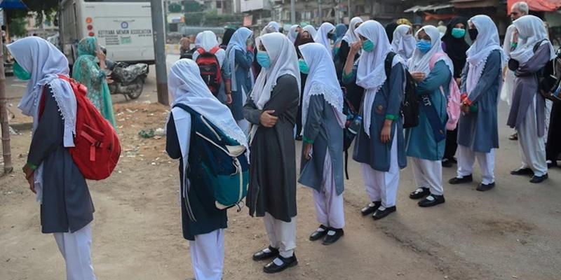 Sindh decides to establish 2900 primary school Centers