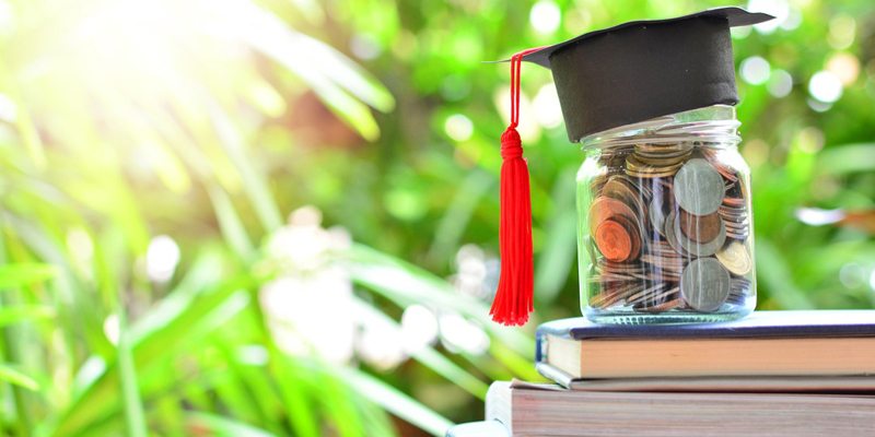 Five Financial Tips to Know When Moving Abroad to Study