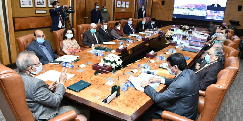 Dr Arif Alvi asks HEC to take steps for differently-abled students